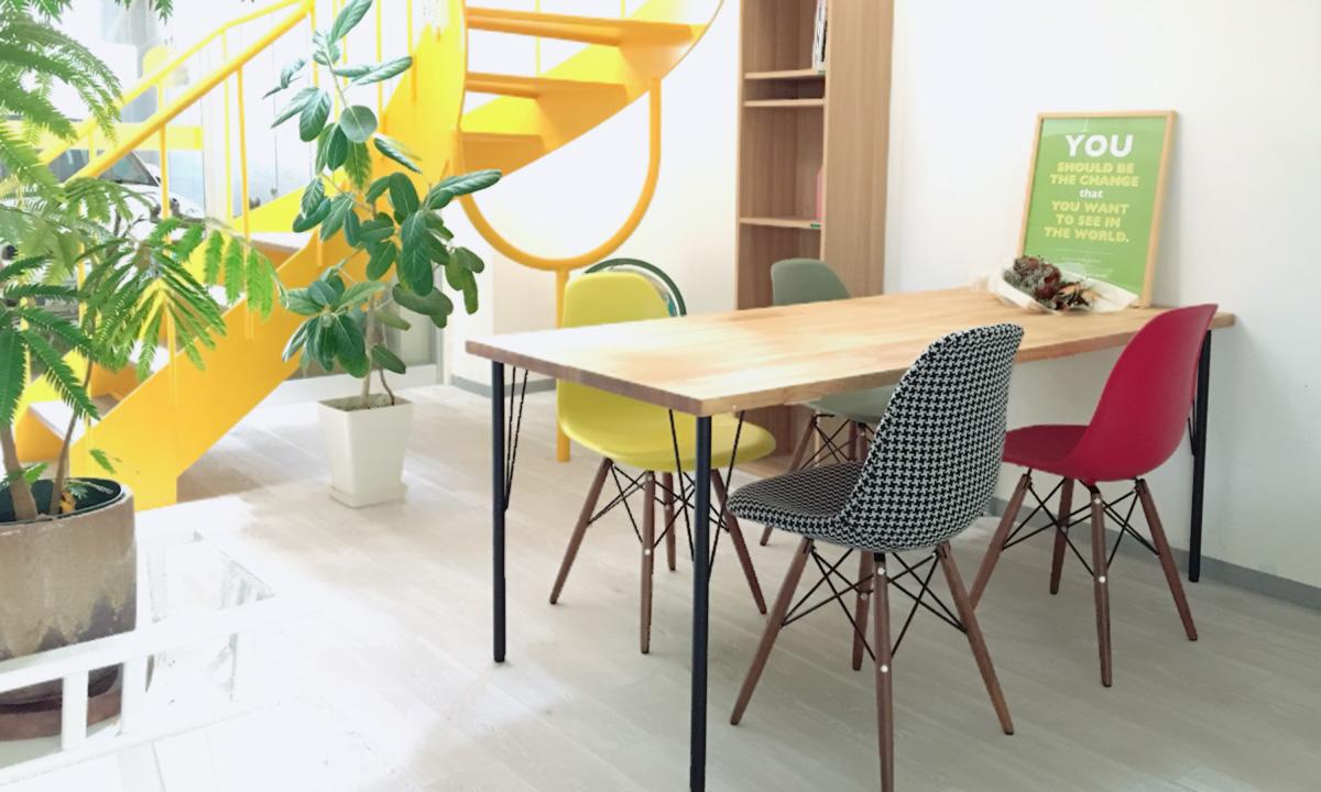 ロバ企画室がお引っ越し(2階→1階)しました【&テーブルDIY】